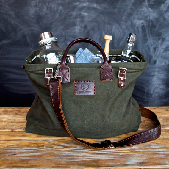 KyXB96FN9v_cocktail_kit_with_forest_tote_0_original